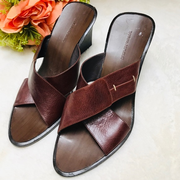 cdf516d1f1 Banana Republic Shoes   Vintage Wooden Wedge Heel   Poshmark